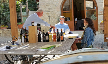 Clients enjoying a wine tasting in Tuscany
