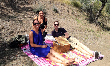 Wine tasting and picnic in Tuscany