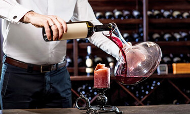 Why does wine need to breath in decanter?