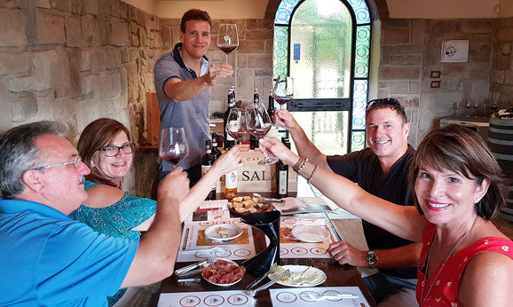 A Tuscany wine tasting session during a private tour with Sergio